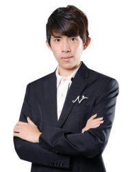 <strong>CHEE ZHENG CHAI AM+</strong><br/> <em>AM Sales Award</em>